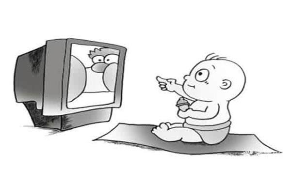 幼儿看电视
