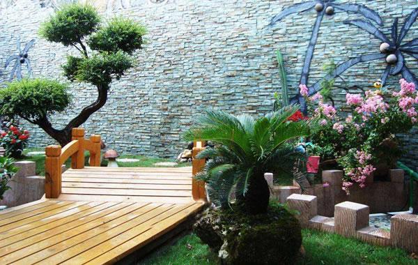 防腐木庭院风格